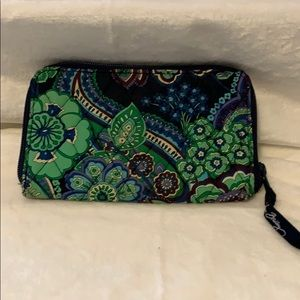 Vera Bradley Zip Around Wallet in Blue Rhapsody